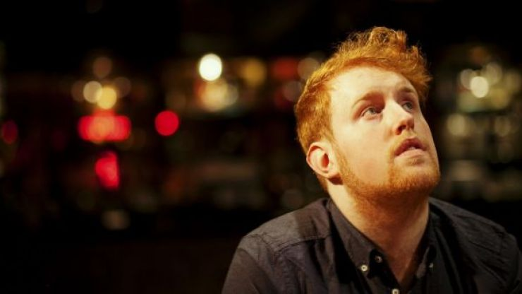 WATCH: Gavin James helps a fan out with this fantastic proposal to his girlfriend