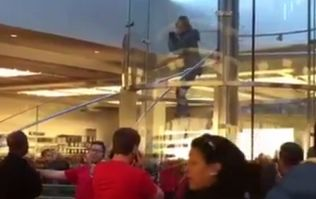 VIDEO: Man with sword enters New York store and demands 'I just want an iPhone'