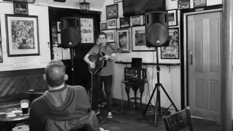 VIDEO: This Dublin man's live cover of 'The Auld Triangle' is chilling