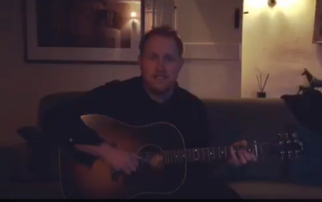 VIDEO: Gavin James playing the Game of Thrones theme tune is the perfect GoT warm-up