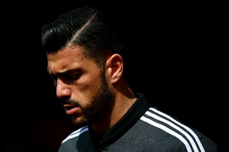 SOUTHAMPTON, ENGLAND - APRIL 09:  Graziano Pelle of Southampton looks on prior to the Barclays Premier League match between Southampton and Newcastle United at St Mary's Stadium on April 9, 2016 in Southampton, England.  (Photo by Jordan Mansfield/Getty Images)