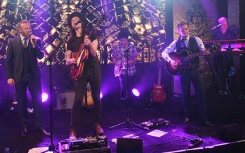 VIDEO: Gary Neville plays guitar as Wayne Rooney joins James Bay to sing 'Hold Back the River'