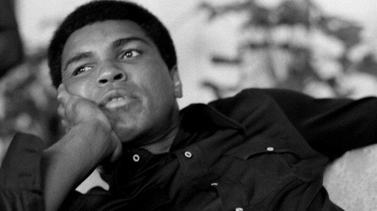 This front page headline about Muhammad Ali is getting plenty of abuse