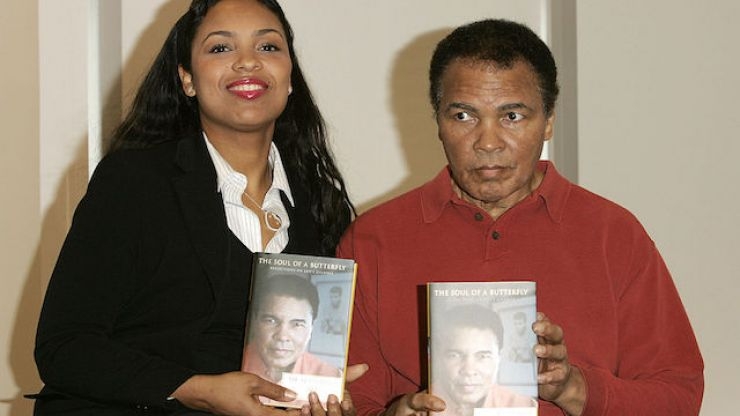 Muhammad Ali's daughter shares her very last picture of the boxing icon