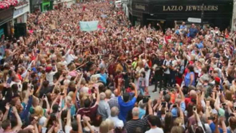 WATCH: Galway looks amazing in the official video for the biggest ever street performance of 'Galway Girl'