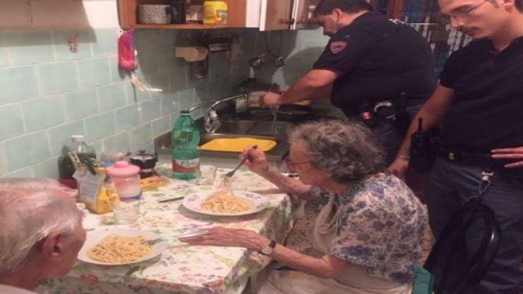 The Italian police could teach everyone a thing or two with this random act of kindness