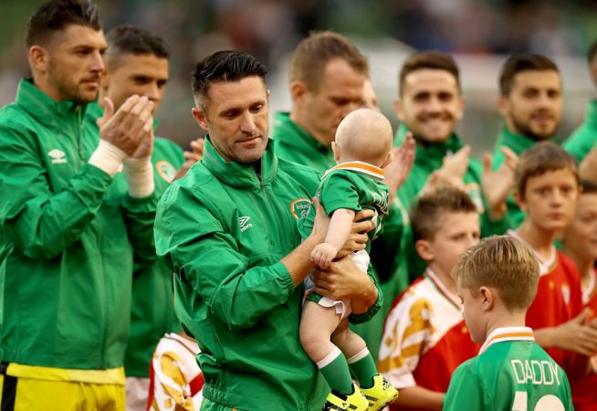 Three International Friendly, Aviva Stadium, Dublin 31/8/2016 Republic of Ireland vs Oman Ireland's Robbie Keane with his sons Hudson and Robert Jr. Mandatory Credit ©INPHO/Ryan Byrne