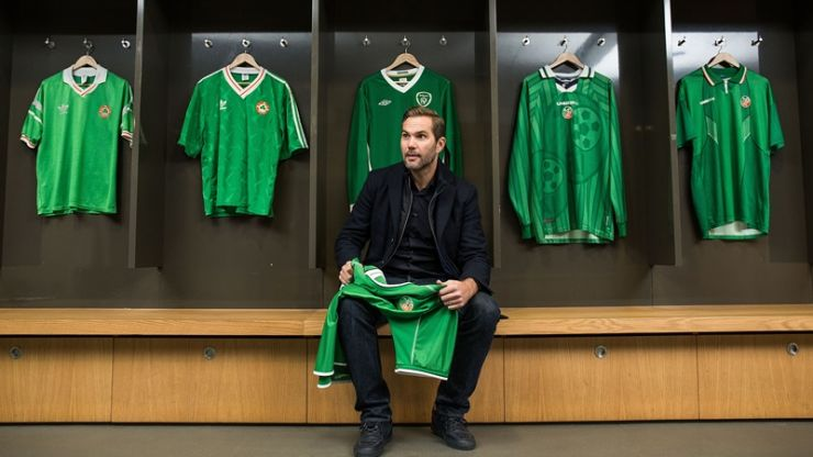 """""""I'd rather have a couple of mates than a couple of medals"""" - Jason McAteer responds to Roy Keane comments"""