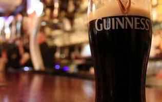 9 unbreakable rules when you're drinking in an Irish pub