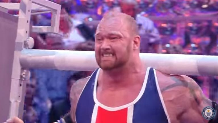 VIDEO: The Mountain from Game of Thrones carries 2 fridges like it's no bother at all