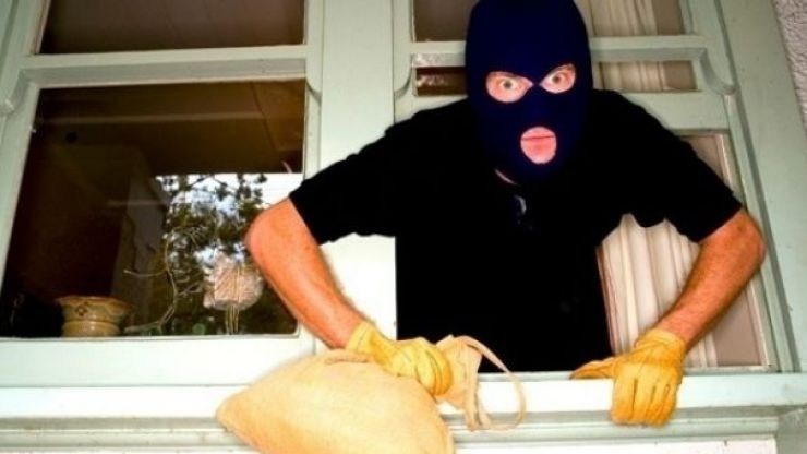 PIC: The people of South Armagh have a chilling message for any burglars in the area