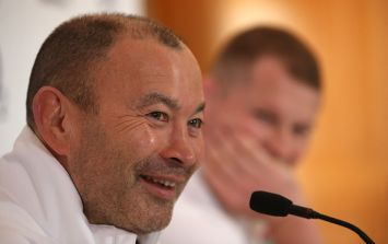 "English rugby coach Eddie Jones has apologised for calling Irish people ""scummy"""
