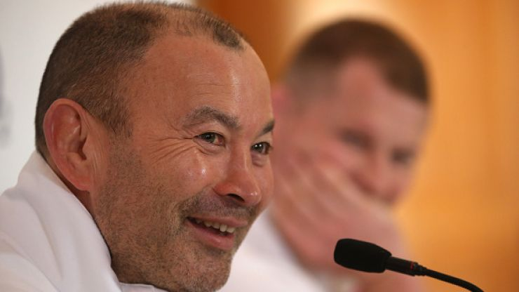 """A round-up of the best tweets tearing it out of Eddie Jones for his """"Scummy Irish"""" comments"""