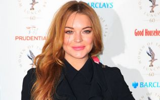 """PIC: Lindsay Lohan posts picture after losing """"half her finger"""" in boating accident"""