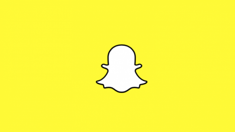 Here's how you can go back to the older version of Snapchat