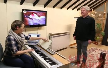 WATCH: Davy Carton of the Saw Doctors takes singing lessons after having surgery on vocal cords