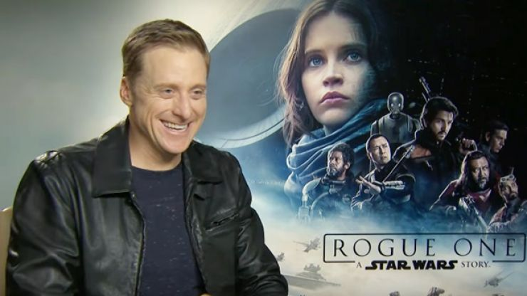 """WATCH: Alan Tudyk, scene-stealing droid in Rogue One, reveals R2-D2 is actually """"Irish"""""""
