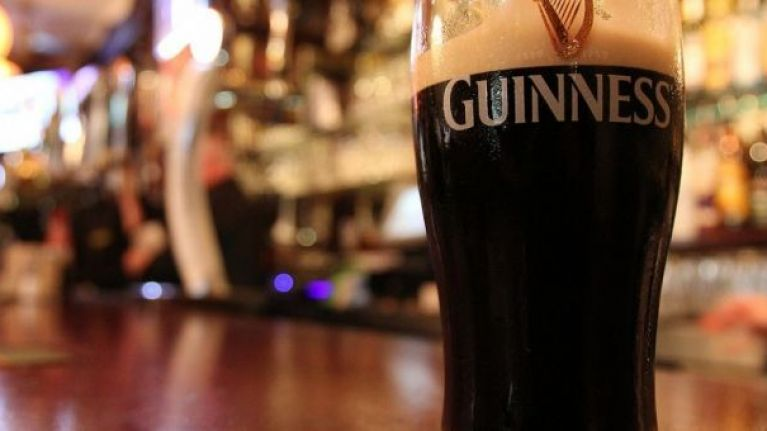 PICS: An Irish bar in New York has made a Christmas tree with kegs of Guinness and it's spectacular