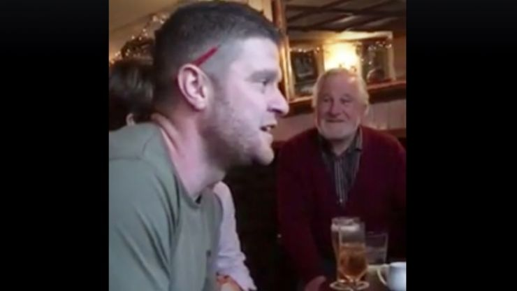 WATCH: Clare man proposes by performing this unique version of 'Fairytale of New York' in the pub on St. Stephen's Day