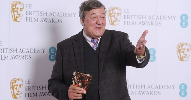 Stephen Fry blasphemy investigation dropped as Gardaí can't find enough outraged people