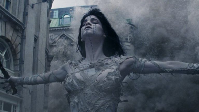 #TRAILERCHEST: Watch London get completely destroyed in the final trailer for The Mummy