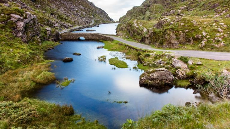 The body of a 32-year-old man has been recovered on Carrauntoohil