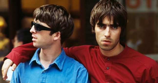 QUIZ: Can you name the Oasis song from a single lyric?