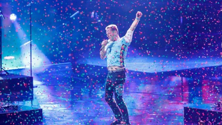 Chris Martin gave this Dublin man €50 when he heard how much he'd paid for a Coldplay ticket