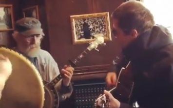 WATCH: Liam Gallagher joins in on an epic jam session in an Irish pub