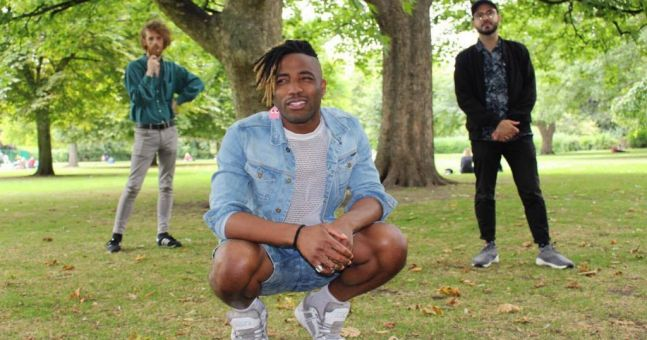 JOE's Song Of The Day #479: Moving Still ft. Xona & Ian McFarlane – 'Green Light'