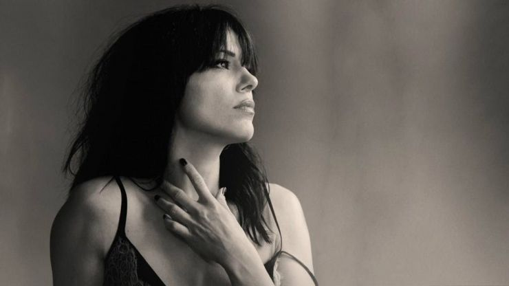 Imelda May warns that an imposter is using social media to scam her fans out of money