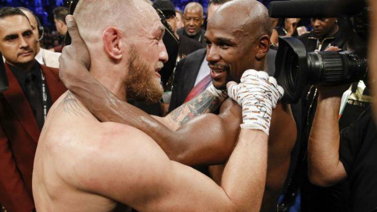 Floyd Mayweather has hung a massive picture of Conor McGregor on his wall