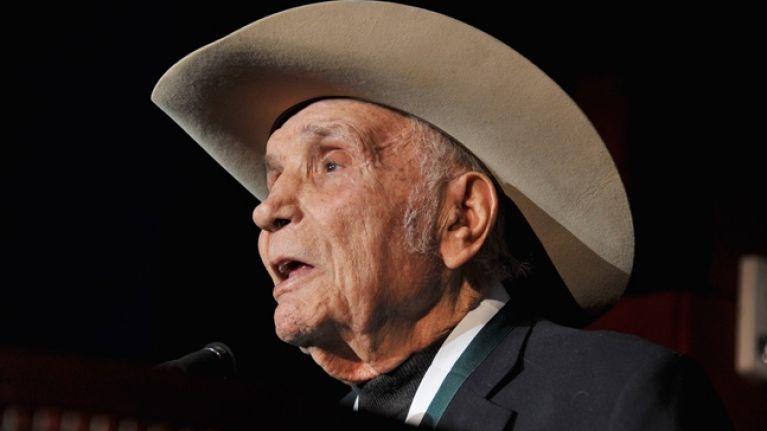 Legendary boxer Jake LaMotta has died aged 95 | JOE is the