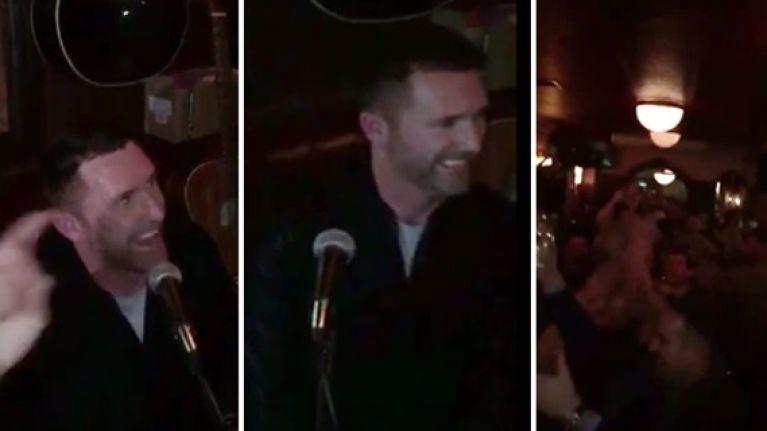 WATCH: Robbie Keane performs a brilliant version of Joxer Goes to Stuttgart in Dublin pub