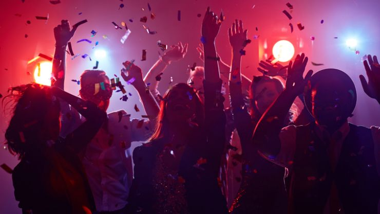 These are the 8 lies you tell yourself when you're on a night out