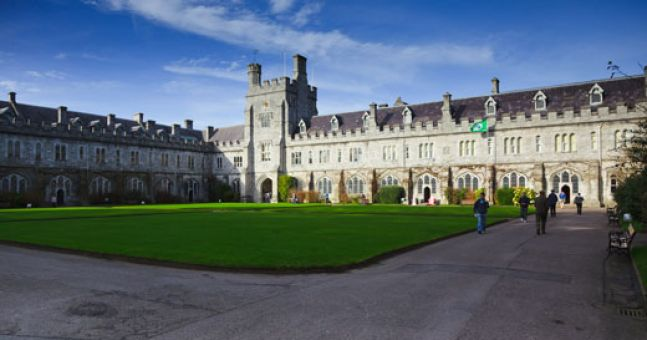A UCC student has died from meningitis and an alert has been issued
