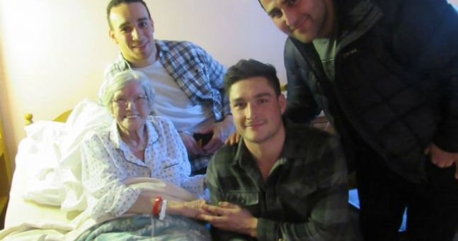 WATCH: Connacht rugby players visit Galway hospice for Valentine's Day