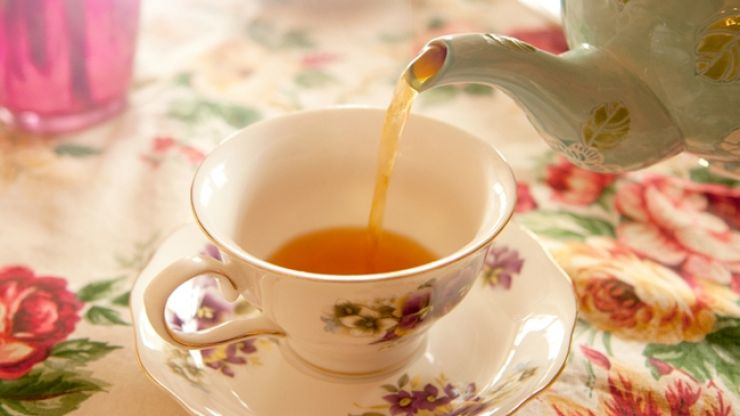 How do you like your tea? This tea colour chart is dividing the country