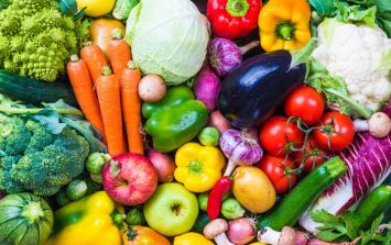 5 a day? Experts say we should be eating a lot more fruit and vegetables than that