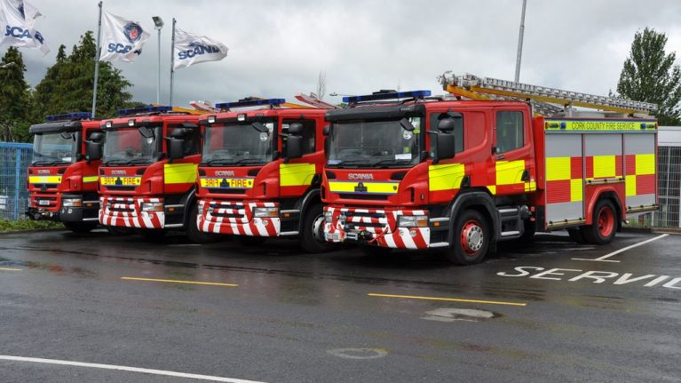 PICS: Dublin Fire Brigade isn't hiding its All-Ireland Final allegiance with this special fire engine