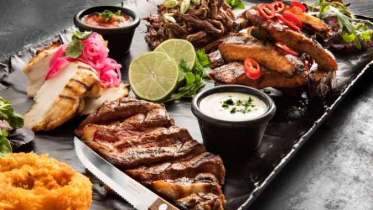 COMPETITION: Win shareable platters for you and 9 friends at TGI Fridays (CLOSED)