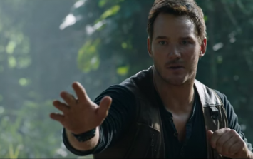 #TRAILERCHEST: Stop everything! The full trailer for Jurassic World: Fallen Kingdom is here