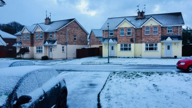 PICS: Warnings issued as much of Ireland wakes up covered in snow