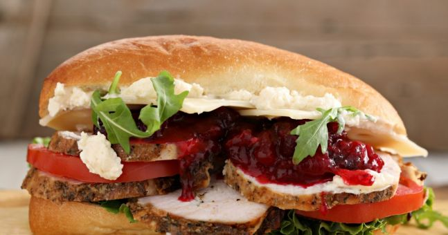 Here 39 s how to make the perfect leftover turkey sandwich for How to make leftover turkey sandwich