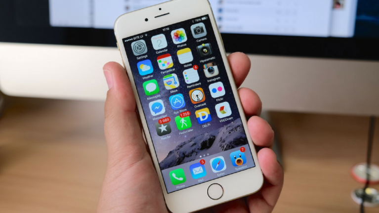 Apple confirms that they have definitely been slowing down your old iPhone