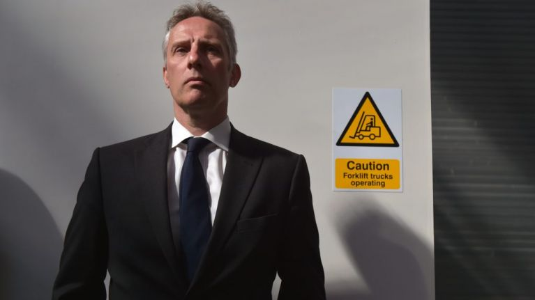 Ian Paisley Jr apologises for sharing racially inappropriate tweet