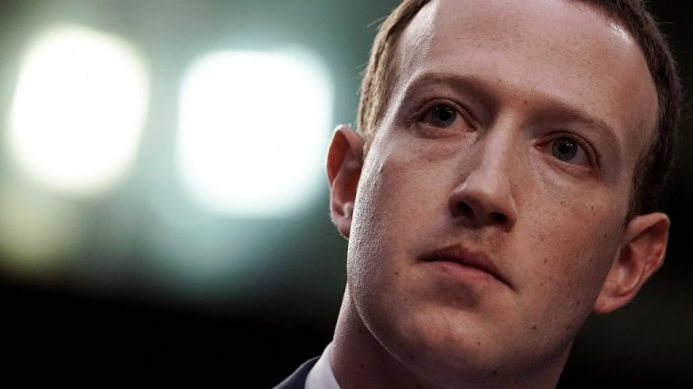 Company at the centre of the Facebook data scandal to shut down