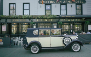 WATCH: Galway pub launches whiskey tasting club by travelling back to prohibition-era America