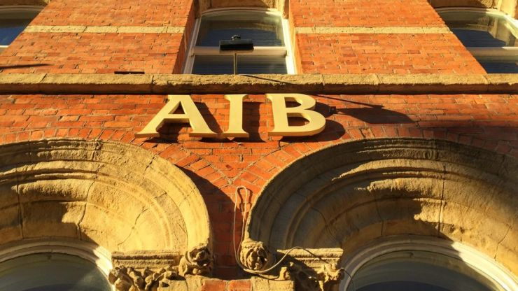 AIB suspend plans to introduce maintenance and transactions fees for customers