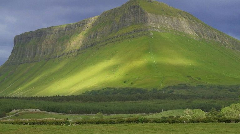 "PIC: Sligo Rovers have their say on the giant Ben Bulben ""No"" sign"